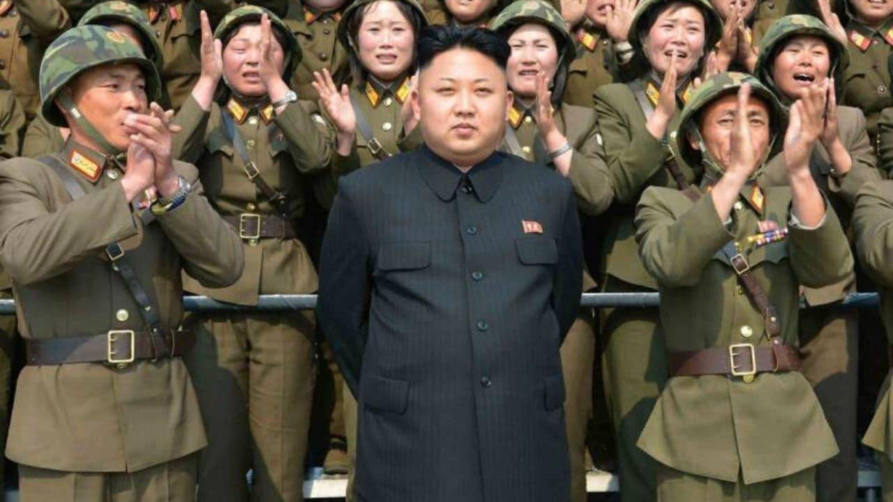 La Corea del nord vieta il sesso tra adolescenti